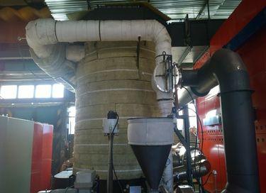 Výměník opláštěný tepelnou izolací, zapojený do sestavy, firma ATOMA Sudoměřice
